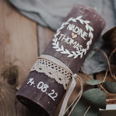 Hochzeitskerze Blätterkranz